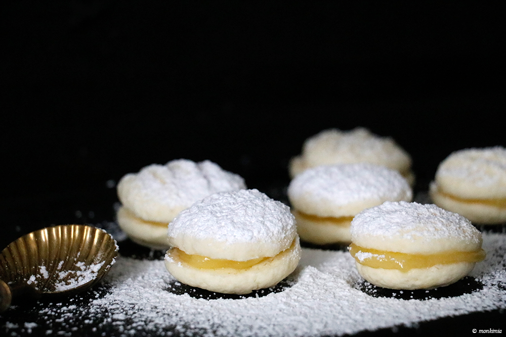 Surinamese Cornstarch Cookies